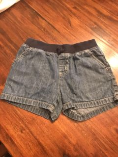 Children s place girls jean shorts. Size 8.
