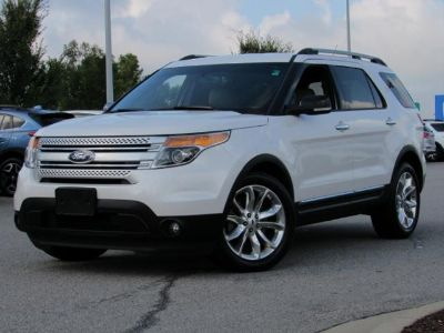 2013 Ford Explorer XLT (White Platinum Metallic Tri-coat)