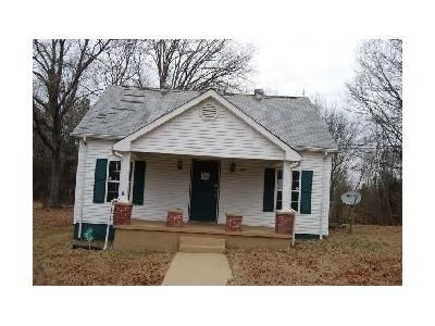 Foreclosure - Highway 13, Cunningham TN 37052
