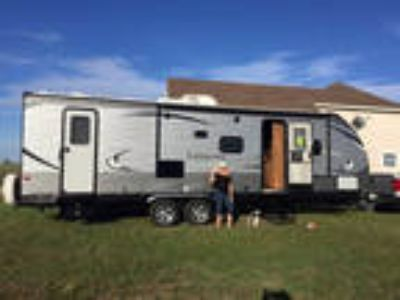 2017 Coachmen Catalina 127PWI 32ft