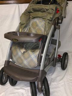BabyToddler Stroller in Great Shape