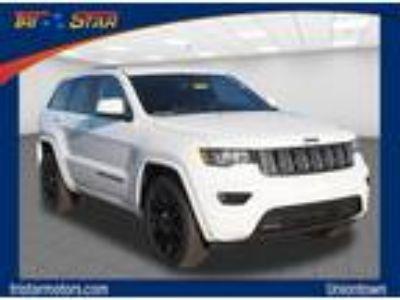 2018 Jeep grand cherokee White, new