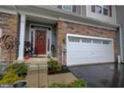 Beautiful Three BR Providence Corner Townhome - Price Reduced