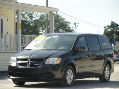 2011 Dodge Grand Caravan Mainstreet (Black)