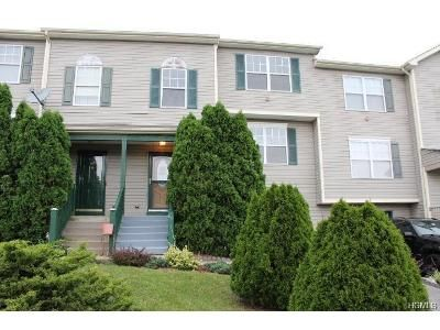 3 Bed 2.5 Bath Foreclosure Property in Warwick, NY 10990 - Evan Rd