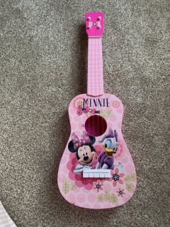 Minnie Mouse Guitar
