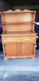 2 Piece Dining Room Hutch for Dishes/Collectibles.