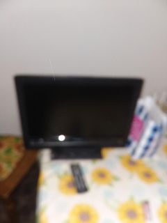 Magnavox HDTV with remote