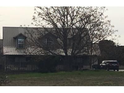 4 Bed 2 Bath Foreclosure Property in Gatesville, TX 76528 - Fm 215