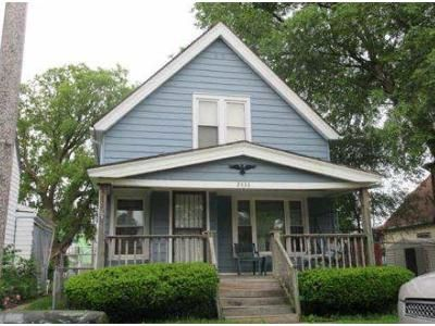 3 Bed 1 Bath Foreclosure Property in Milwaukee, WI 53215 - S 31st St