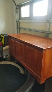 Hope chest/Toy Box solid
