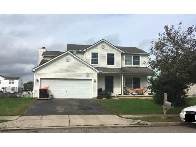 3 Bed 2.5 Bath Preforeclosure Property in Newark, OH 43055 - W Hunters Dr