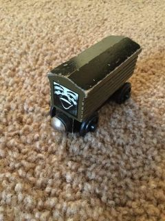 Thomas & Friends Wooden Trains Troublesome Truck