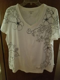 Embroidered knit shirt