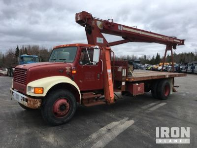 Simon-Ro TC2863 Straight Boom on 1995 International 4700 S/A Truck