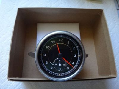 Find PORSCHE CAYENNE 2011 -16 S TURBO GTS DASH CLOCK WATCH OEM PART 95864150113 motorcycle in Malibu, California, United States, for US $275.00