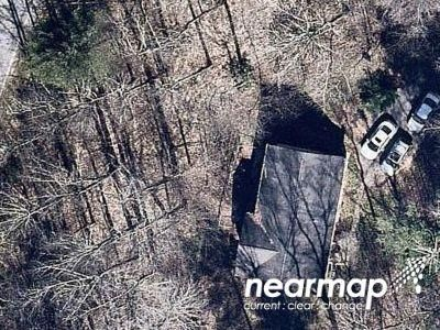 3 Bed 2 Bath Preforeclosure Property in Horse Shoe, NC 28742 - Forest Bend Dr