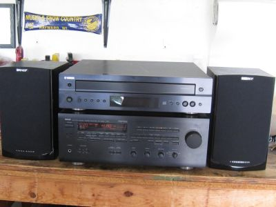 Vintage Yamaha RX-V850 Receiver & CDC 697 Five Disk CD Player with Energy Connoisseur Speaker Pair