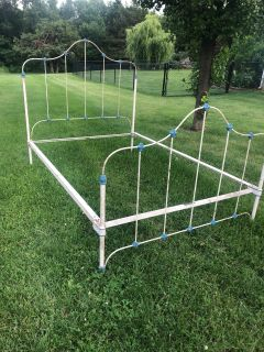 Antique full bed...would be great restoration price firm