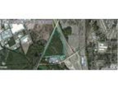 Acreage with visibility from I-75 & US 319 - 4 lanes