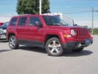 2017 Jeep Patriot Red