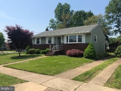 3 Bed 1 Bath Foreclosure Property in Bellmawr, NJ 08031 - Charles Ave