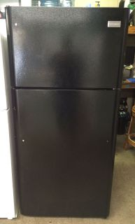 Frigidaire 18cu.ft Top Freezer Fridge