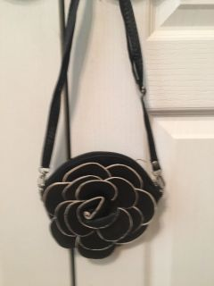 Black Leather Flower Purse with shoulder strap. Excellent condition.