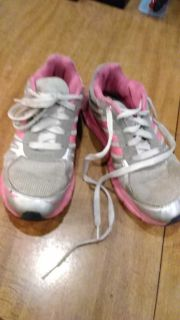 Adidas t-shoes, girls size 3, uses