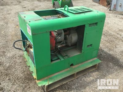 Multiquip Whisperweld SGW-225SS Engine Driven Welder