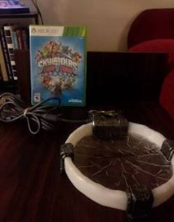 Skylanders Trap Team game and Portal for Xbox 360
