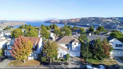 118 Bayside Terrace VALLEJO Four BR, Glen Cove 94591 close to