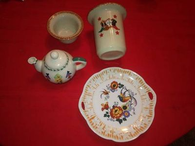 Misc pieces of vintage china - selling all for one price
