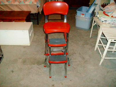 Retro Kitchen chair with pull out steps. Good condition