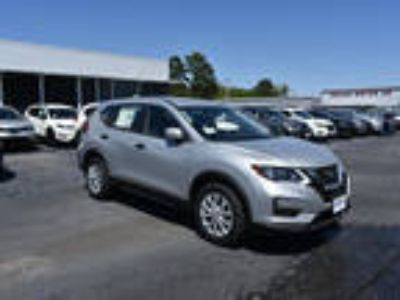 2018 Nissan Rogue Silver