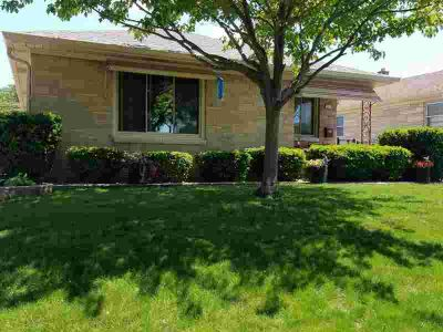 2930 S 58th St Milwaukee Three BR, This gorgeous brick ranch has