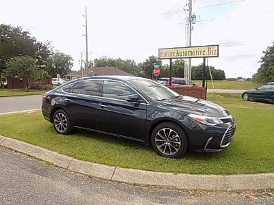 2016 Toyota Avalon XLE (Dark Blue)