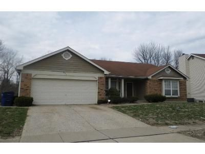 3 Bed 2 Bath Foreclosure Property in Florissant, MO 63034 - Foxtail Dr