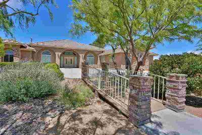 19317 Oneida Road APPLE VALLEY Four BR, Upgrades Galore on this