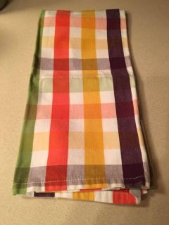Crate and barrel kitchen towel