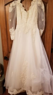 Wedding dress ...more pictures in comments