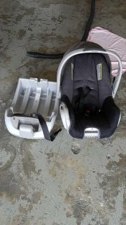 Car seat with Base clean complete