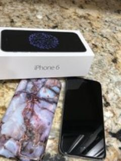 iPhone 6 16 GB +Case and box