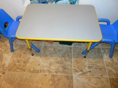For Sale Kids table and 2 chairs