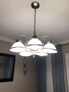 Dining Chandelier/light fixture