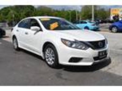 $15495.00 2016 NISSAN Altima with 8861 miles!