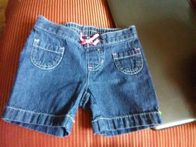 Very good condition Jumping Beans size 2T jean shorts