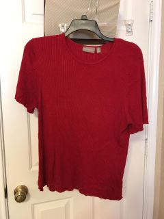 Women's red sweater top. Size 2X. $4