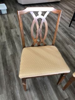 Mohogany kitchen table and 4 chairs