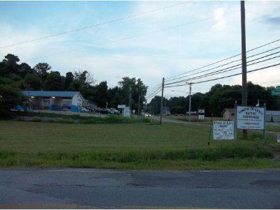 627 Hwy 126 Bristol, Commercial lot on the corner of Hwy 126